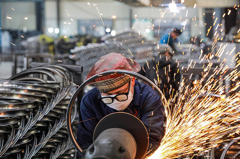 Factory Activity Growth in China Struggles on Supply Bottlenecks and Weak Demand Across the World